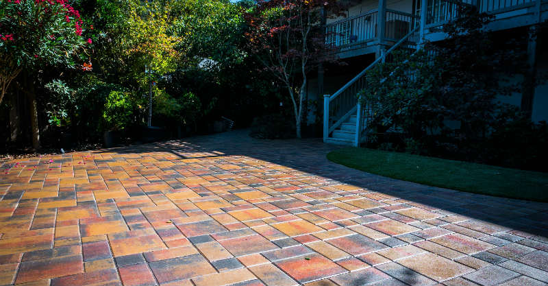 Why Choose Pavers Over Asphalt Or Concrete Paving In The